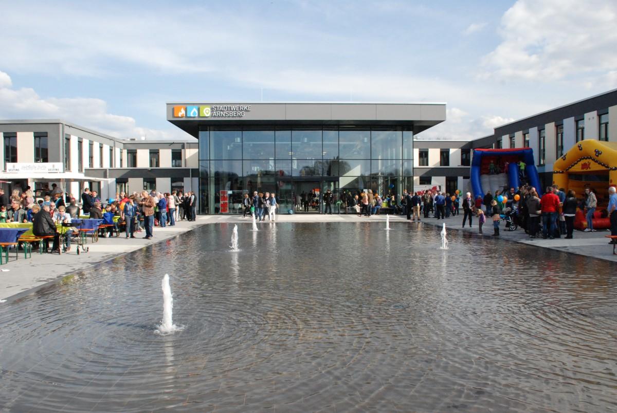 """Akademie 6-99 steht am Stadtwerke-Campus """"unter Strom"""""""