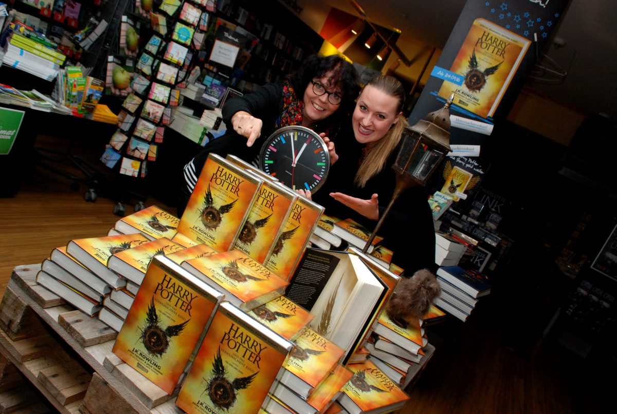Verkaufsstart zur Geisterstunde: Harry Potter begeistert auch nach Jahren noch seine Fans…