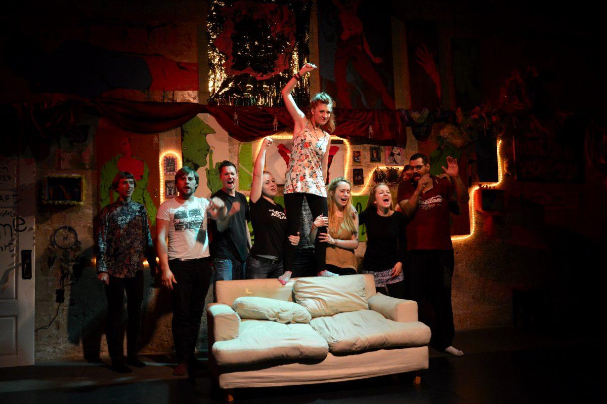 """Neues TEATRON-Theaterprojekt: """"UTOPIA"""" sucht junge Theaterbegeisterte ab 17/18 Jahre!"""